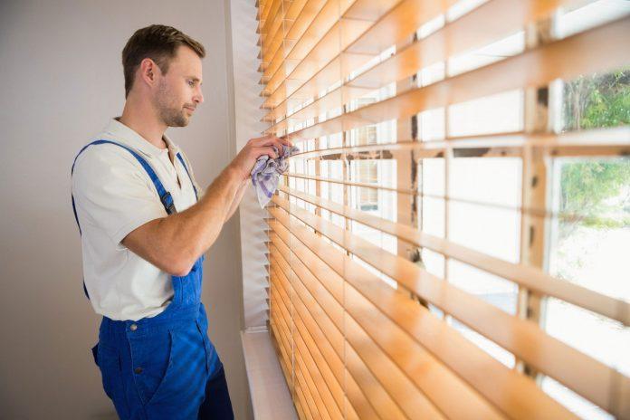 vệ sinh rèm đơn giản hiệu quả tại nhà