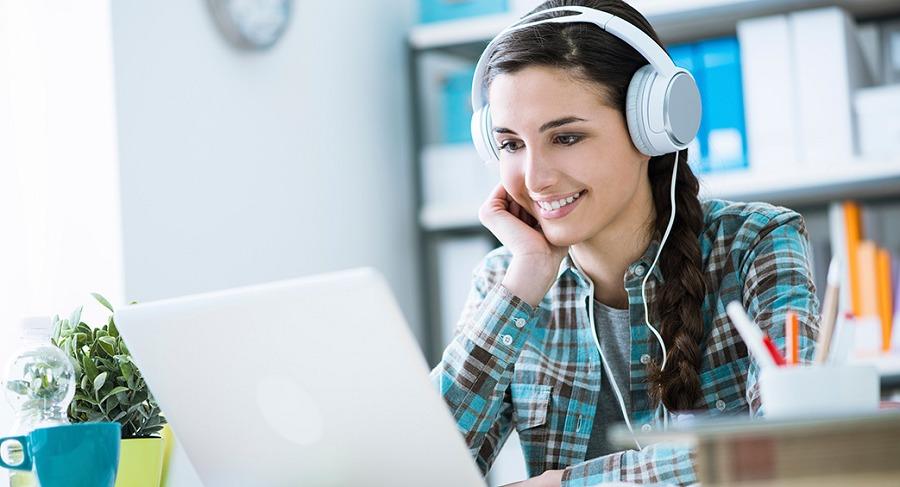Lắng nghe đoạn hội thoại
