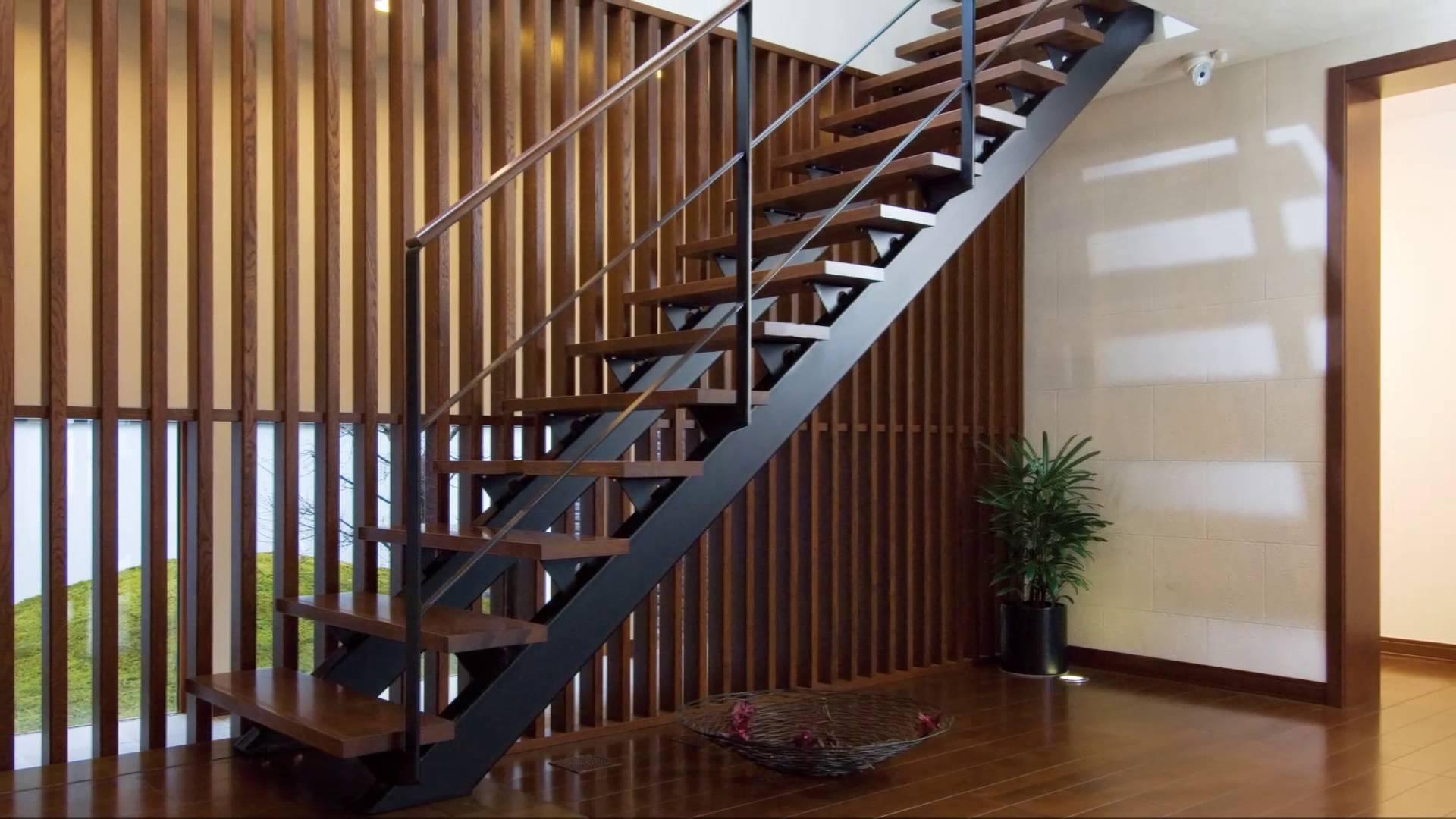 cầu thang gác lửng bằng thép