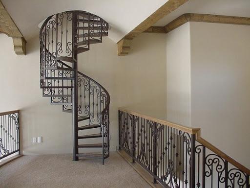 cầu thang đẹp dạng xoắn