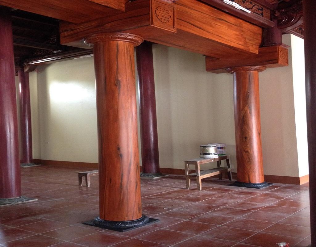 cột nhà đẹp bằng gỗ