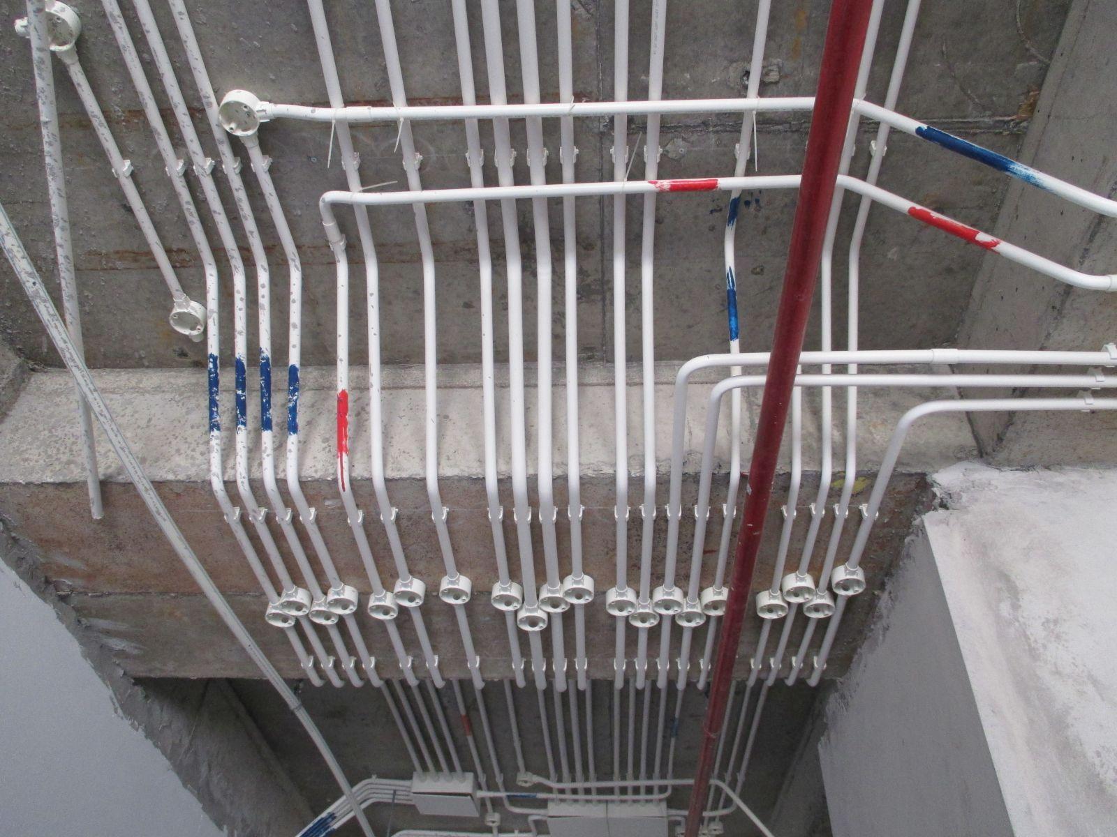 Cách đi dây điện âm tường