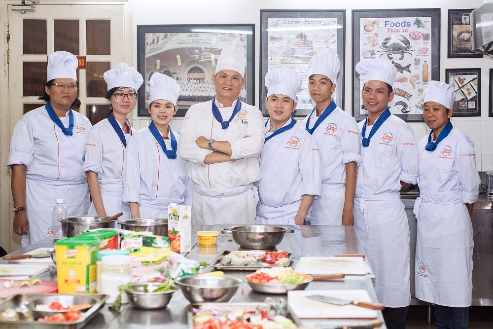 Trường Quản lý khách sạn Việt Úc