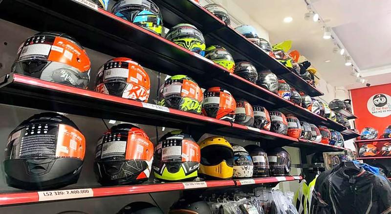 Cửa hàng bán nón bảo hiểm Tài Đạt