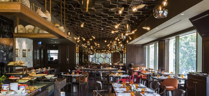top nhà hàng buffet tôm hùm tại Sài Gòn