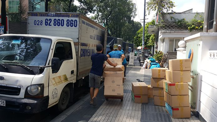 dịch vụ thuê taxi tải uy tín huyện Hóc Môn