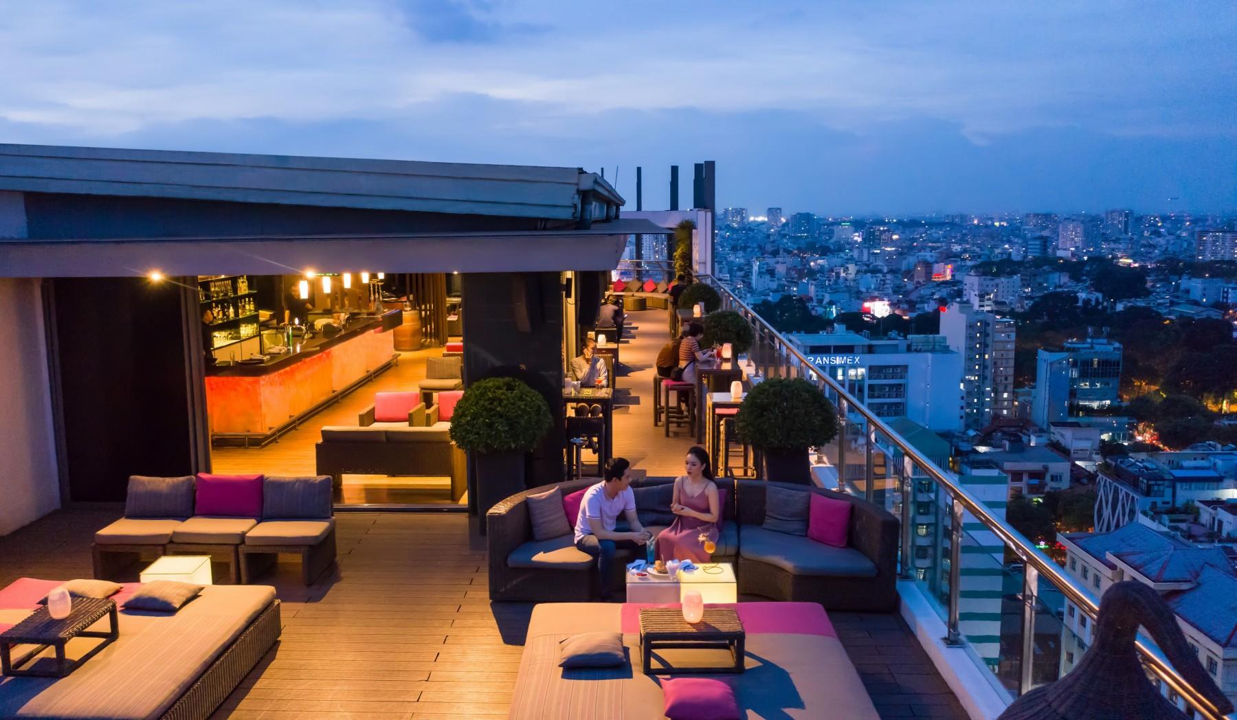 On Top Bar - Novotel Saigon Centre