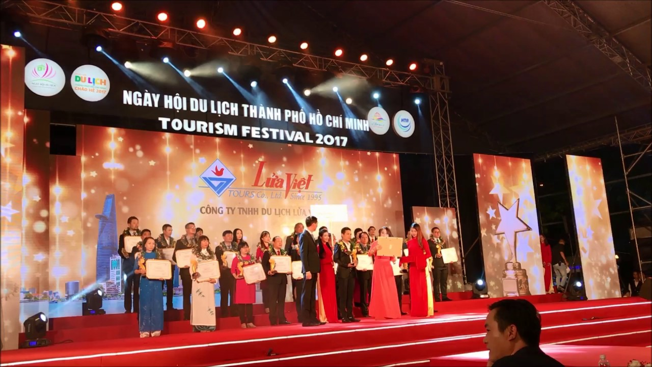 Công ty du lịch Lửa Việt